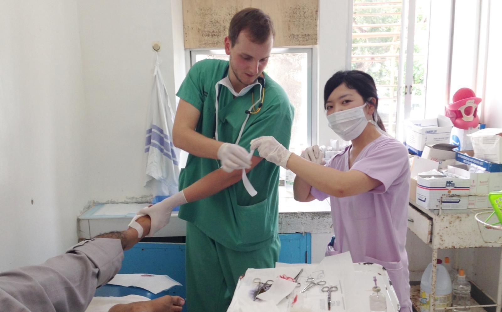 フィリピンで医療インターン中の日本人参加者